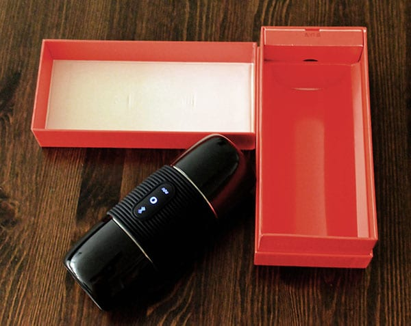 Packaging of the Bluetooth Masturbator